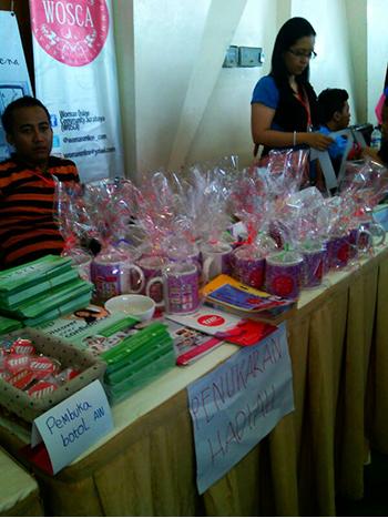 Bazaar yang bertemakan womens fair